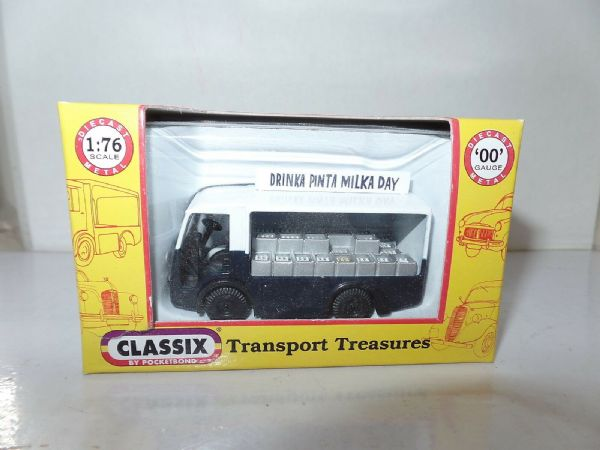 Classix EM76669 1/76 OO Scale NCB Electric Milk Float Express Dairies Pinta